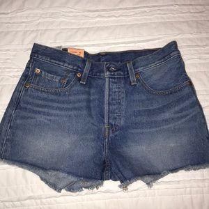 Levi's jean shorts NEW